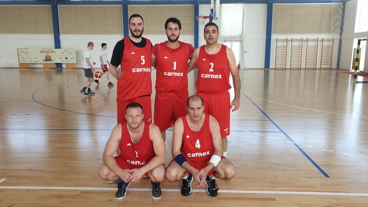 Carnexova ekipa osvojila prvo mesto na BELhospice humanitarnom turniru u basketu